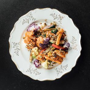 Roasted vegetables with Oriental dip