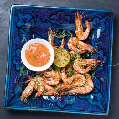 Gambas with spicy dip